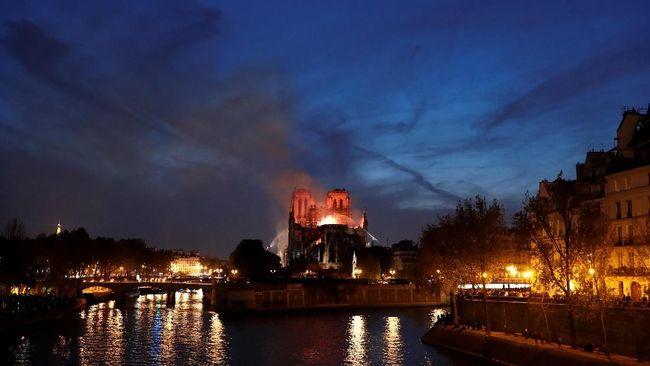 Katedral Notre Dame Kebakaran, Musisi Berduka
