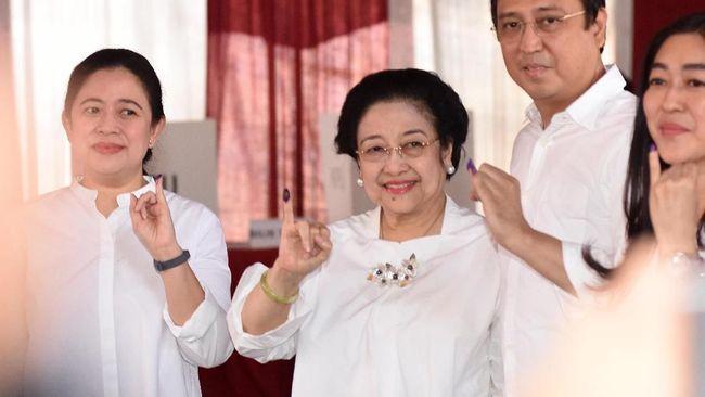 Jokowi Menang 11 Suara di TPS Depan Rumah Megawati