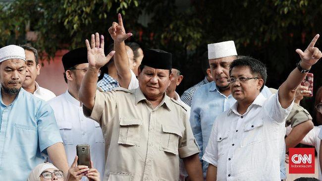 Riuh Relawan Prabowo usai Pidato 'Klaim' Kemenangan