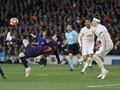 FOTO: 5 Momen Keajaiban Lionel Messi vs Man United