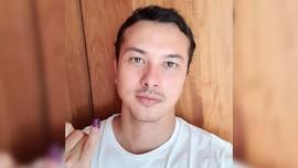 Nicholas Saputra Tepati Janji Unggah Selfie Usai Nyoblos