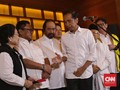 Senyum Tipis 'Kemenangan' Jokowi di Djakarta Theater