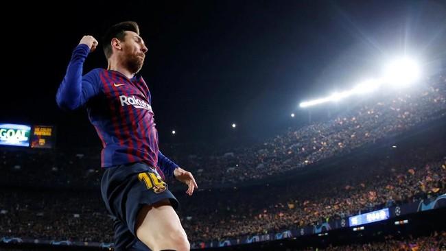 Dua gol Lionel Messi membuat Barcelona unggul 2-0 atas Manchester United di babak pertama. (Reuters/Carl Recine)