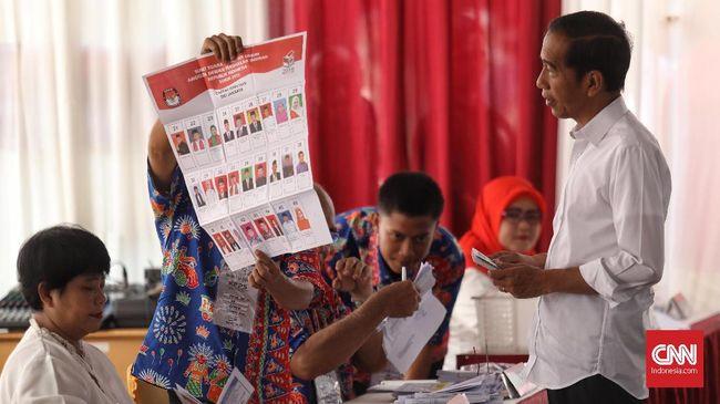 Jokowi Unggul Jauh dari Prabowo di TPS Sendiri