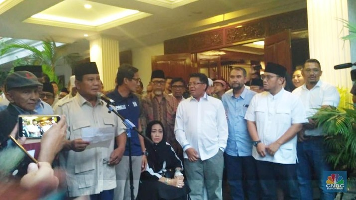 Prabowo mengatakan dirinya dan Sandiaga Uno tetap bersaudara dengan Joko Widodo (Jokowi) dan Ma'ruf Amin