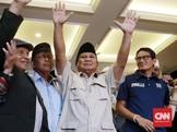 Massa Pendukung Teriakkan 'People Power' di Kediaman Prabowo