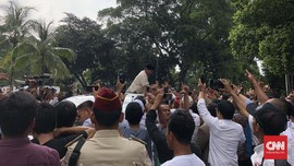 Tim Inti Prabowo Kembali Merapat, Sandi Masih Tak Tampak