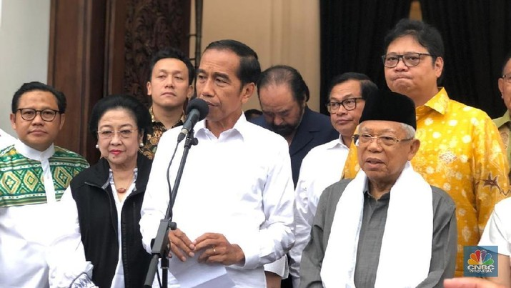 Jokowi mengakui menyebarnya berbagai kabar bohong atau hoaks terkait dirinya ternyata mampu memengaruhi raihan suaranya dalam pilpres 2019.