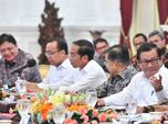 Demi Kebijakan 'Gila', Jokowi Bakal Ganti Menteri?