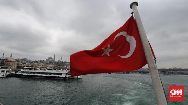 Menjejak Dua Benua dalam Satu Malam di Istanbul
