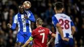 Penyerang Moussa Marega kembali gagal diandalkan FC Porto untuk mencetak gol lawan Liverpool. Penyerang asal Mali itu membuang sejumlah peluang emas karena penyelesaian akhir yang buruk. (PATRICIA DE MELO MOREIRA / AFP)