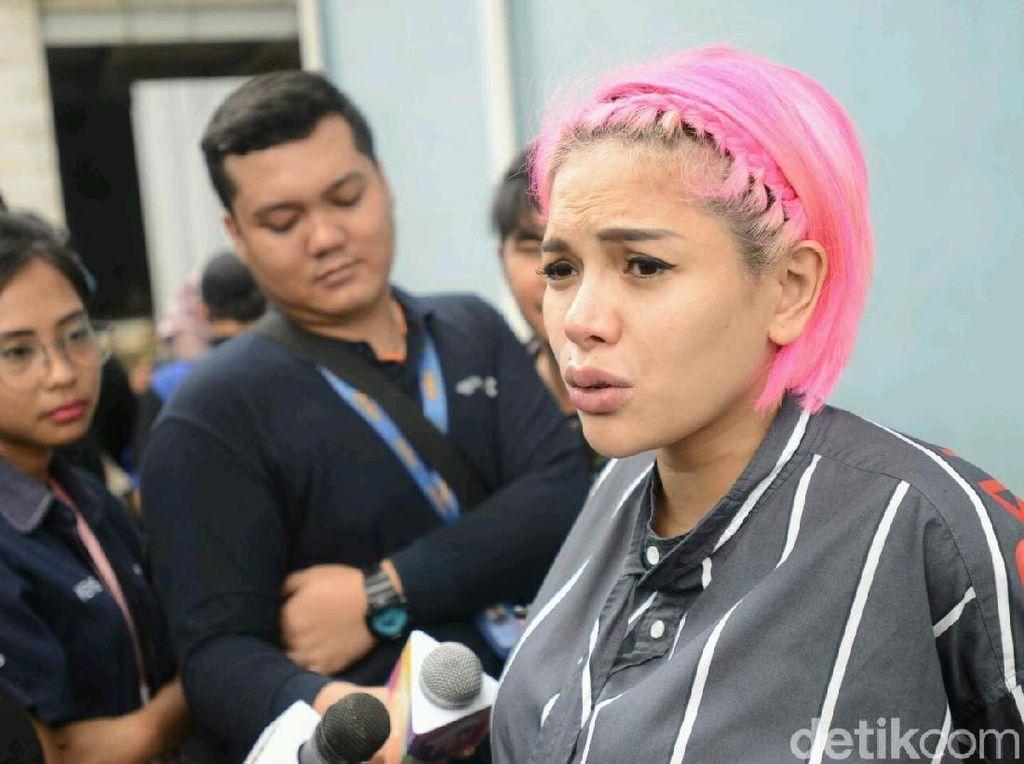 Nikita Mirzani bicara soal kehamilan sampai pacar baru Billy Syahputra. Foto: Ismail/detikHOT