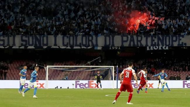 Napoli bermain di kandang setelah kalah 0-2 pada leg pertama yang berlangsung di Stadion Emirates. (Action Images via Reuters/Matthew Childs)