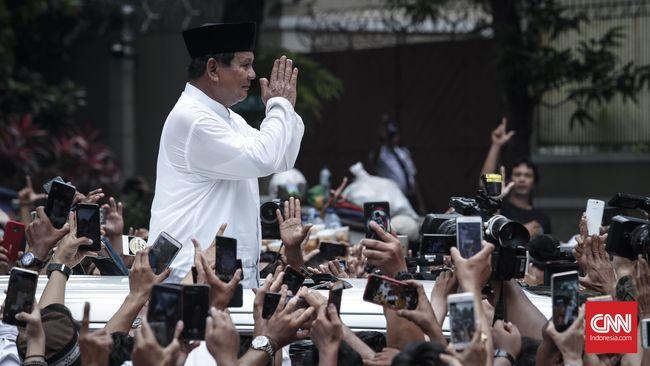 'People Power', Amien Rais dan Wajah Muram Istana Kertanegara