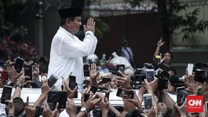 'People Power', Amien Rais dan Wajah Muram Istana Kertanegara