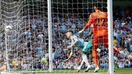 Hasil Liga Inggris: Man City Geser Liverpool dari Puncak