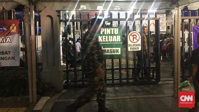 Banser NU Kawal Misa Malam Paskah di Katedral Jakarta