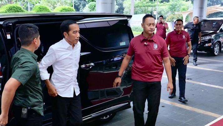 Mendadak Datangi Grand Indonesia, Jokowi Diteriaki 'Presiden'