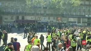 VIDEO: Unjuk Rasa Rompi Kuning Kembali Pecah di Paris