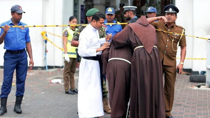 6 Ledakan Hantam 3 Gereja, Tewaskan 129 Orang di Sri Lanka