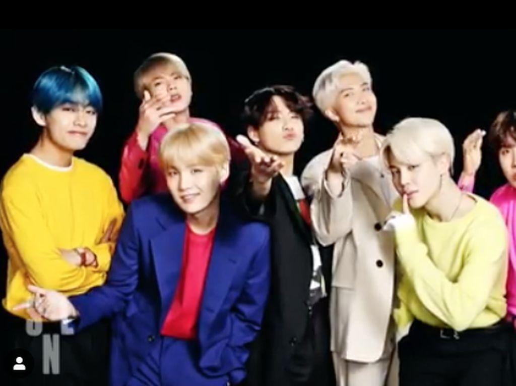 Selain itu BTS menjadi grup/idola Kpop yang pertama tampil di SNL.Dok. Instagram