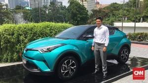 Mantan Pembalap F1 Indonesia Beli C-HR Hybrid, Dibayar Kontan