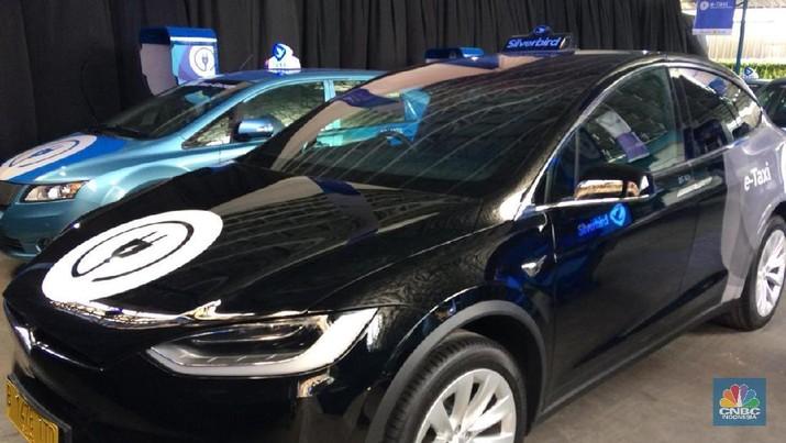 Pertama di RI, Ini 2 Tipe Mobil Listrik Taksi Blue Bird