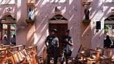 Sampai saat ini, belum ada pihak yang mengklaim sebagai dalang di balik rangkaian serangan ini. Namun, Perdana Menteri Ranil Wickremsinghe memastikan bahwa pemerintah sudah mengetahui 'informasi awal mengenai ledakan tersebut.' (Reuters/Stringer)