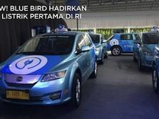 Pakai Tesla, Begini Mewahnya Taxi listrik Pertama di RI