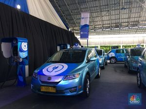 Pakai Mobil Listrik Tesla & BYD, Bos Blue Bird: Ini Terobosan