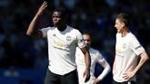 Man United tertahan di peringkat keenam dalam klasemen Liga Inggris. Kekalahan dari Everton membatalkan peluang mereka menembus zona empat besar. (REUTERS/Andrew Yates)