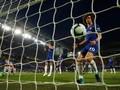 Arsenal-Chelsea Buang Peluang, Zona Liga Champions Panas