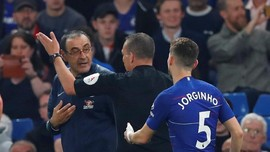 Sarri Diusir Wasit, Keributan Tutup Laga Chelsea vs Burnley