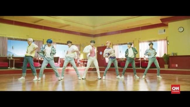 VIDEO: Susul The Beatles, BTS Tiga Kali Kuasai Billboard