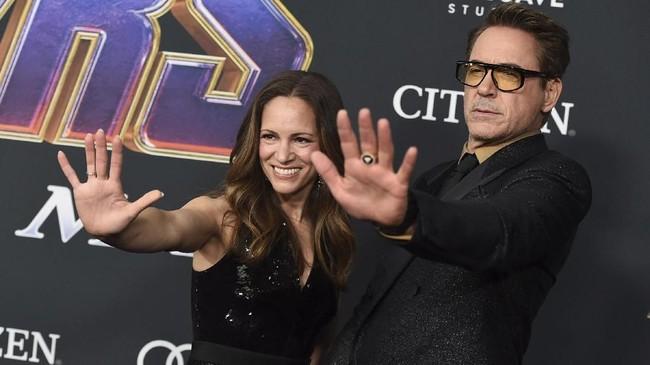 Robert Downey Jr diketahui datang bersama istrinya, Susan, yang ia nikahi sejak 2005. ( Jordan Strauss/Invision/AP)