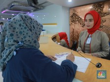 Ditinggal Nasabah, Benarkah Cabang Bank Terus Berkurang?