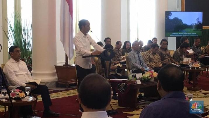 Presiden Joko Widodo (Jokowi) memberikan pesan khusus kepada para menteri Kabinet Kerja jelang bulan suci Ramadhan