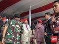 Hadiri HUT Kopassus, Prabowo Didaulat Cek Ketajaman Silet