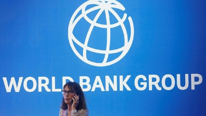 Bank Dunia (World Bank/ WB) memangkas proyeksi pertumbuhan ekonomi global pada 2019 hingga 0,3 poin persentase dibandingkan perkiraan sebelumnya.