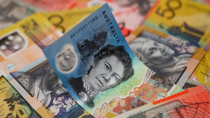 Australian dollars are seen in an illustration photo February 8, 2018. REUTERS/Daniel Munoz