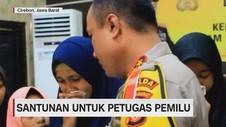VIDEO: Santunan untuk Petugas Pemilu yang Gugur