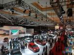 Parah! Penjualan Mobil Drop 90%, Saham Otomotif Malah Naik