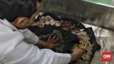 Sebanyak 200 orang pecinta cagar budaya dan benda seni, baik karyawan museum maupun masyarakat umum dan komunitas sahabat museum, mengikuti Workshop Konservasi di Pusat Konservasi Cagar Budaya (PKCB) Dinas Pariwisata dan Kebudayaan (Disparbud) DKI Jakarta. (CNN Indonesia/Adhi Wicaksono)