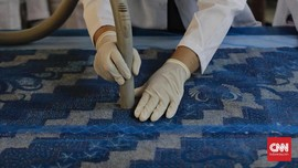 FOTO : Merawat Tekstil Agar Kian Lestari