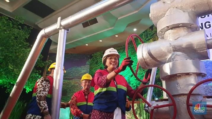 Dua proyek pembangkit panas bumi dalam negeri dengan kapasitas raksasa Indonesia telah diresmikan oleh Menteri Keuangan Sri Mulyani Indrawati.