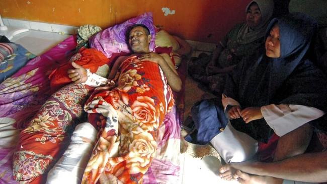 KPU mengusulkan petugas yang sakit dan meninggal saat menjalankan tugas di Pemilu 2019 mendapat tunjangan. (ANTARA FOTO/Oky Lukmansyah)