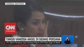 VIDEO: Jalani Sidang Perdana, Vanessa Angel Menangis
