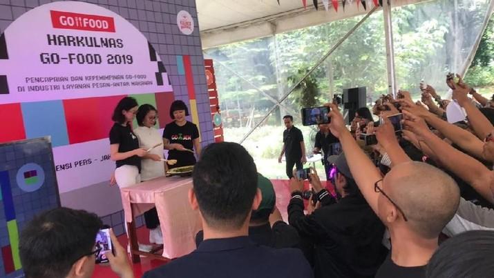 Lembaga Demografi Fakultas Ekonomi dan Bisnis Universitas Indonesia (LB FEB UI) menyatakan 98% responden mitra merasa kerjasama dengan Go-Food.