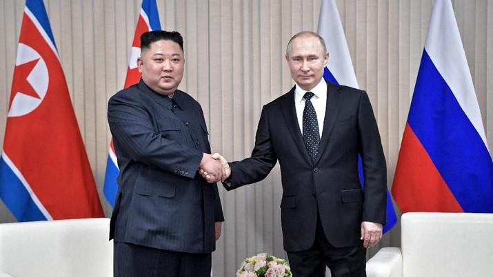 Kim Jong Un menegaskan bahwa perdamaian dan keamanan di Semenanjung Korea sepenuhnya tergantung pada sikap AS.