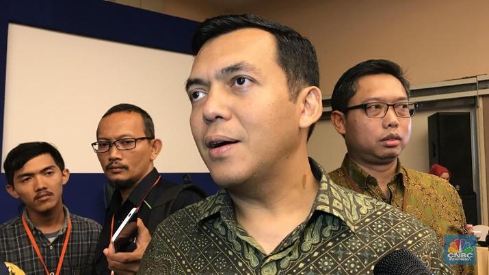 Silmy mengungkapkan, ada dua faktor yang mempengaruhi Krakatau Steel yang membuat kinerja perusahaan masih belum pulih.